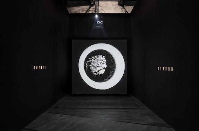 Aldo Tambellini Study of Internal Shapes and Outward Manifestations, 2015, installazione multischermo, HD, colore, son., 10'. Partitura sonora Belfi Rocchetti_Ambrosio 1.1-6
