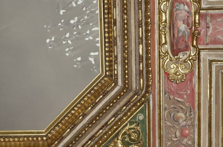 Claudio Parmiggiani, Senza titolo, 2015, fumo e fuliggine su tavola, Stanza degli amori, Accademia di Francia a Roma - Villa Medici, Roma foto Claudio Abate