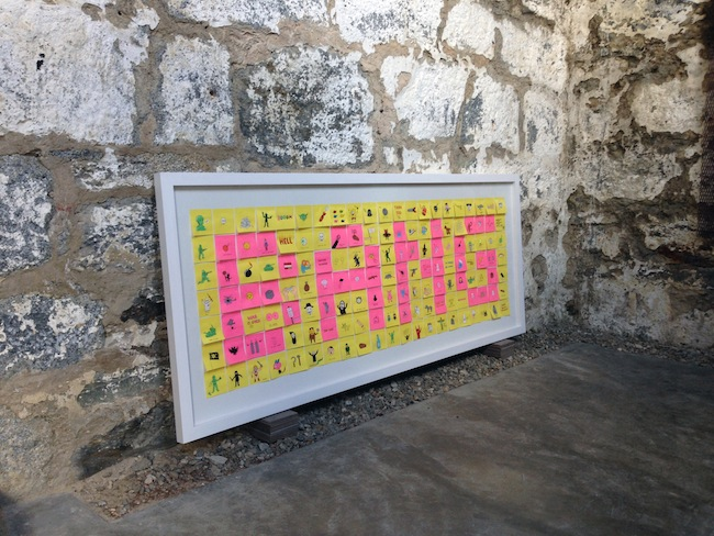 Bang, 2015, installazione di post-it, dimensioni variabili. Courtesy Studio d'Arte Raffaelli. Credits foto: Giuliano Panaroni