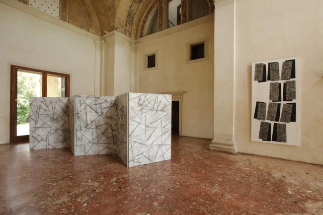 Carlo Ciussi, veduta della mostra, Villa Pisani Bonetti, Bagnolo di Lonigo (VI)
