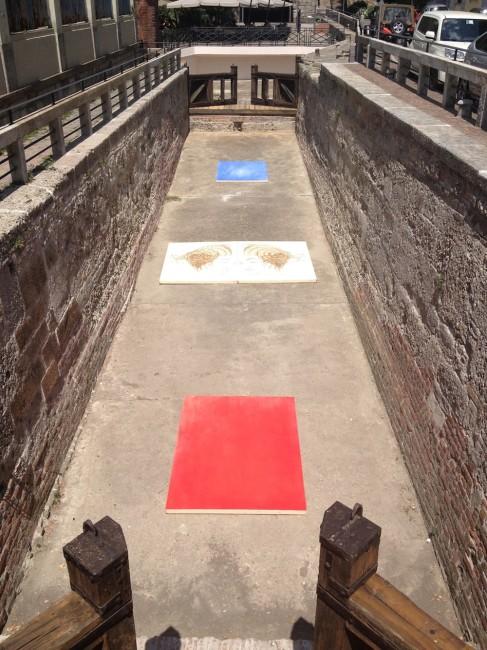 Omar Galliani, Aquatica. La memoria dell'acqua, 2015, polittico di 4 tavole di pioppo, sale dell'Himalaya, albume, pigmenti naturali, 251x185 cm © Luca Trascinelli
