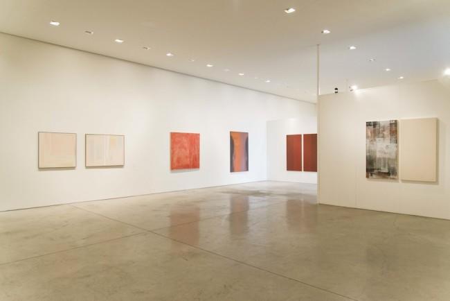 Pittura Analitica. Ieri e Oggi Parte II: Oggi (la Pittura Analitica del XXI), veduta della mostra, Primo Marella Gallery, Milano