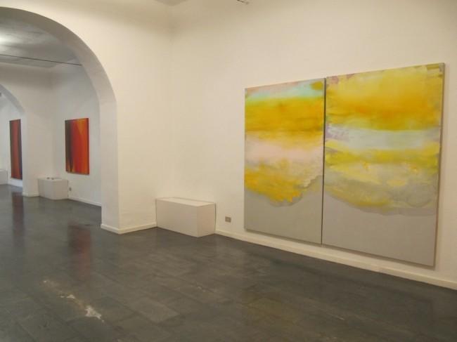 Astrazione fluida. Italo Bressan, Gottardo Ortelli, Tetsuro Shimizu, veduta dell'allestimento, Galleria Il Milione, Milano