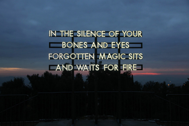 In the silence of your bones di Robert Montgomery (2013)  LED, struttura in legno verniciata cm 280 x 315 x 180 - VINCITORE PREMIO ICONA_Courtesy Analix Forever, Ginevra