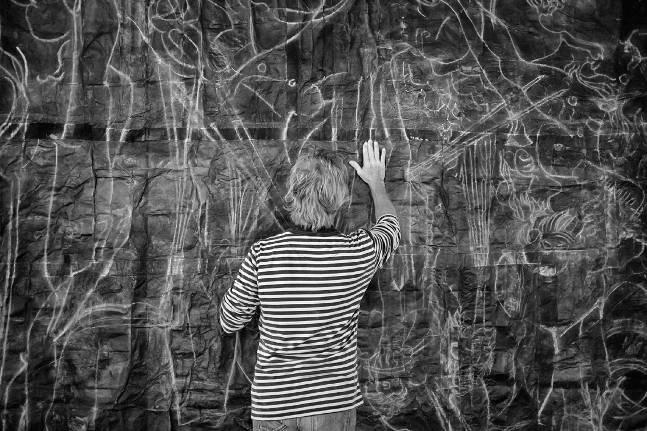 Luca Pignatelli al lavoro su Cosmografia, 2015 Foto © Giuseppe Anello
