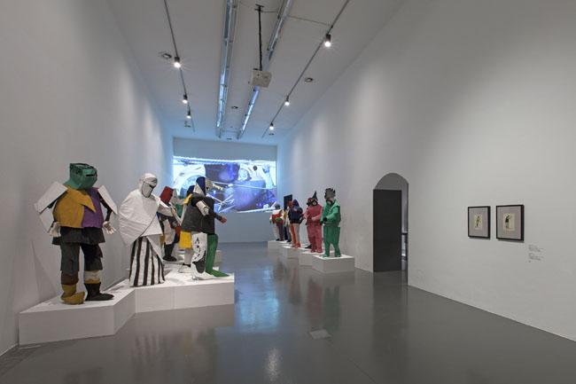 Allestimento sala Vittoria sul Sole (video e costumi) Ph. Antonio Maniscalco, Milano