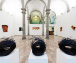 Una veduta della mostra Antonella Zazzera. Un possibile nomadismo della scultura, Courtesy Galleria Santo Ficara, Firenze