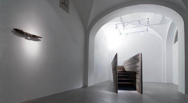 Veduta della mostra, Riflessi da un luogo invisibile, Galleria Passaggi, Pisa, 2015