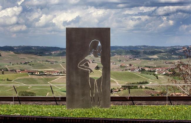 Valerio Berruti, Dove il cielo s'attacca alla collina, 2013. Cantina Ceretto, Bricco rocche, Castiglion Falletto