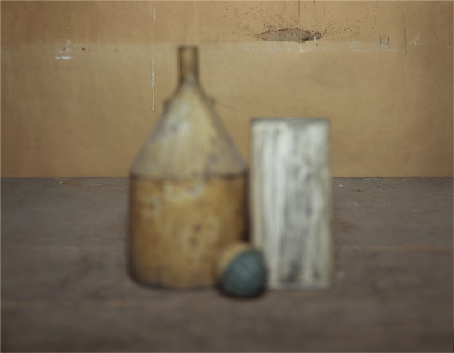 Brigitte March Niedermair  transition_Giorgio Morandi, 2012-2013  c-print, cm 57 x 72,5  (in mostra presso il Museo Morandi)