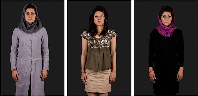Gohar Dashti, Me, She and The Others – 2009 – 23x42 cm, archival digital pigment print. Edizione di 10. Courtesy l'artista e Officine dell'Immagine, Milano