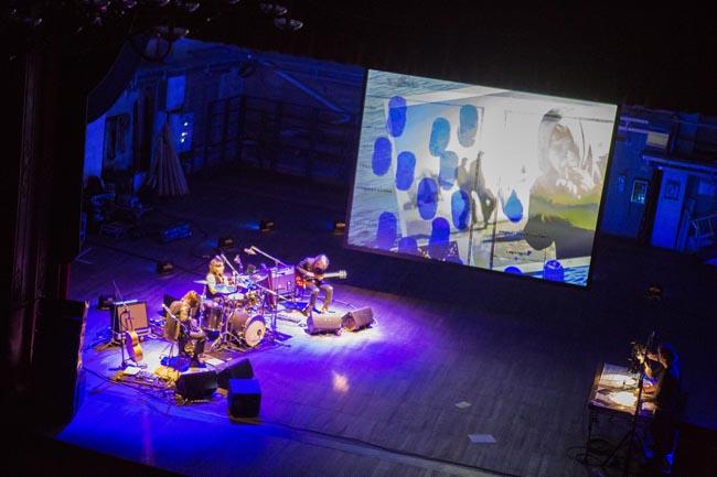 Masbedo e Marlene Kuntz insieme per la performance del 10 ottobre al Teatro Zandonai di Rovereto Courtesy  Mart, Foto: Jacopo Salvi