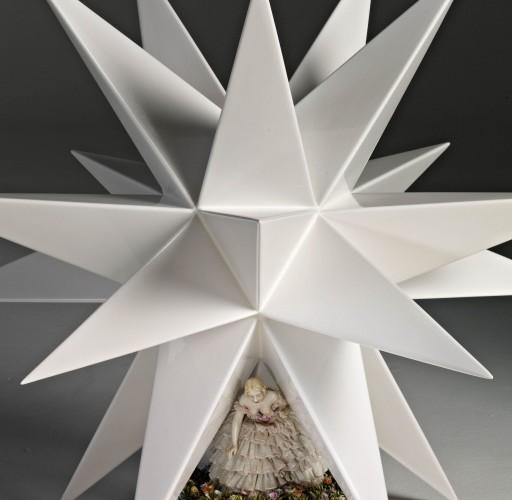 """Andrea Salvatori, """"La Vispa Teresa"""", 2007, ceramica e porcellana. Photo credit Bernardo Ricci"""