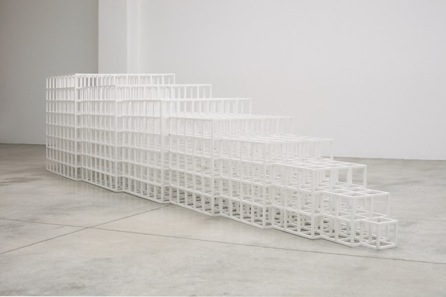 Sol LeWitt, Open geometric structure IV, 1990, painted wood, 97.7x435.6x97.7 cm