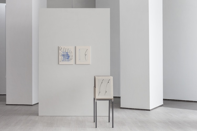 Riccardo Baruzzi, Porta pittura dei riccioli (2015). Opera vincitrice del 60. Premio Termoli