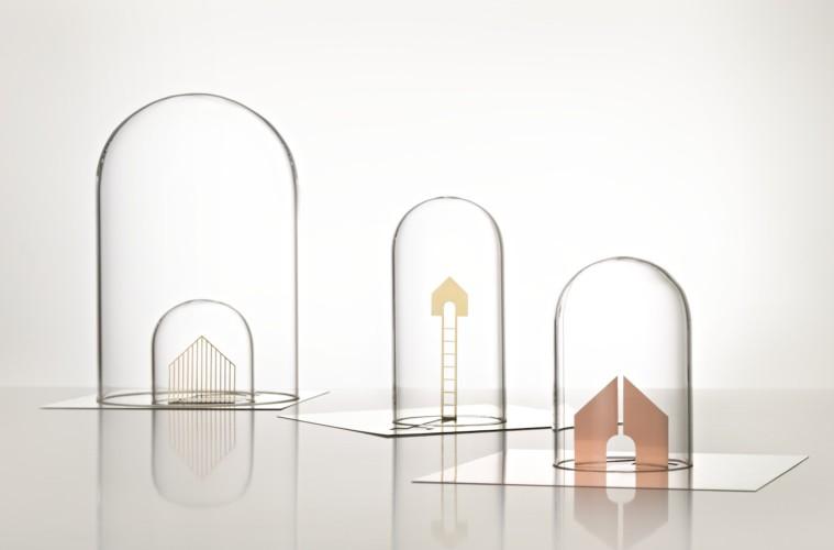 Gumdesign, Souvenir, sculture in metallo e campana in vetro
