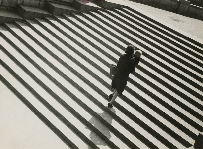 Aleksandr Rodčenko, Scale, 1930, stampa d'artista, Collezione del Moscow House of Photography Museum © A. Rodchenko – V. Stepanova Archive © Moscow House of Photography Museum