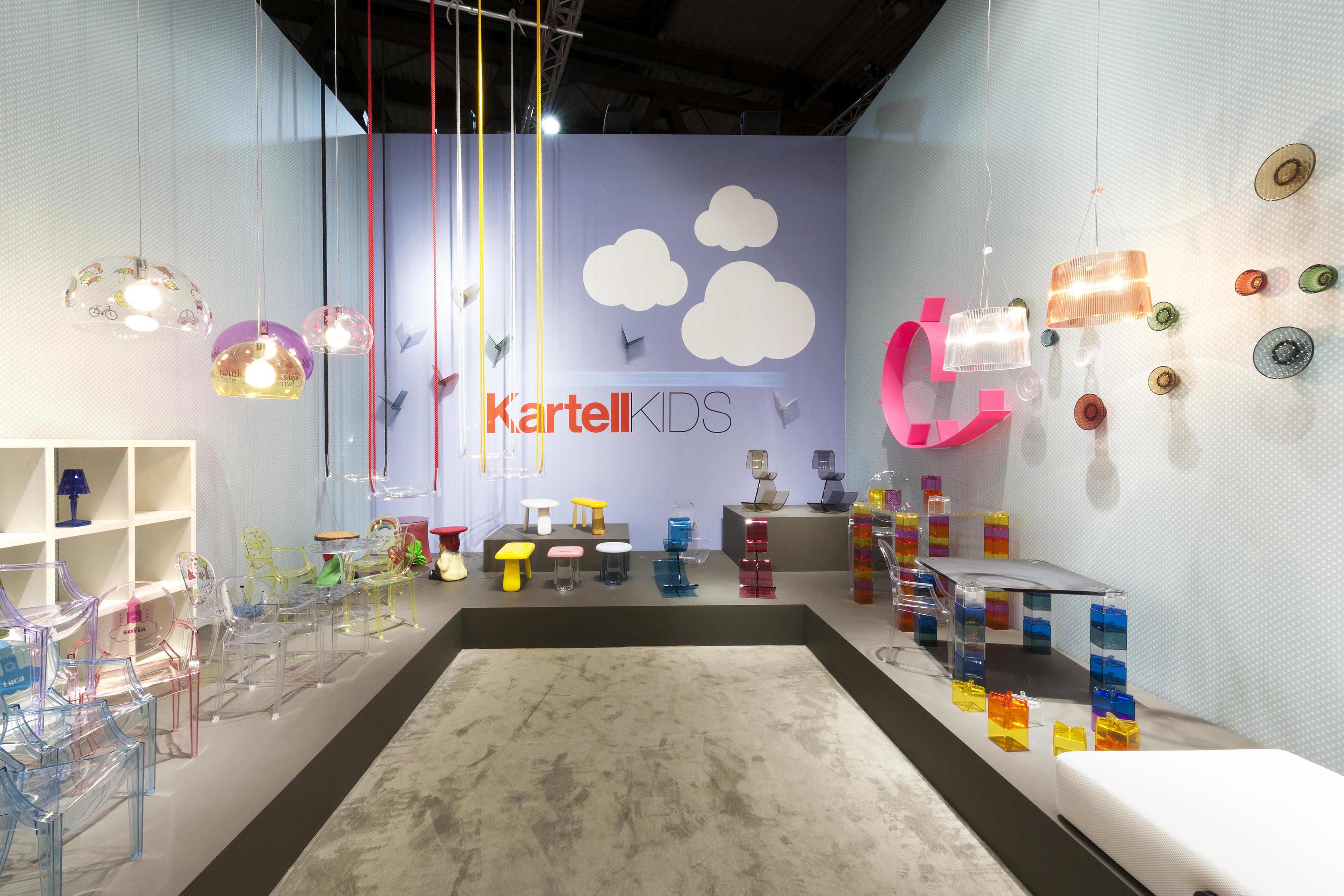 Kartell anche la plastica ha un anima espoarte for Kartell salone del mobile 2016