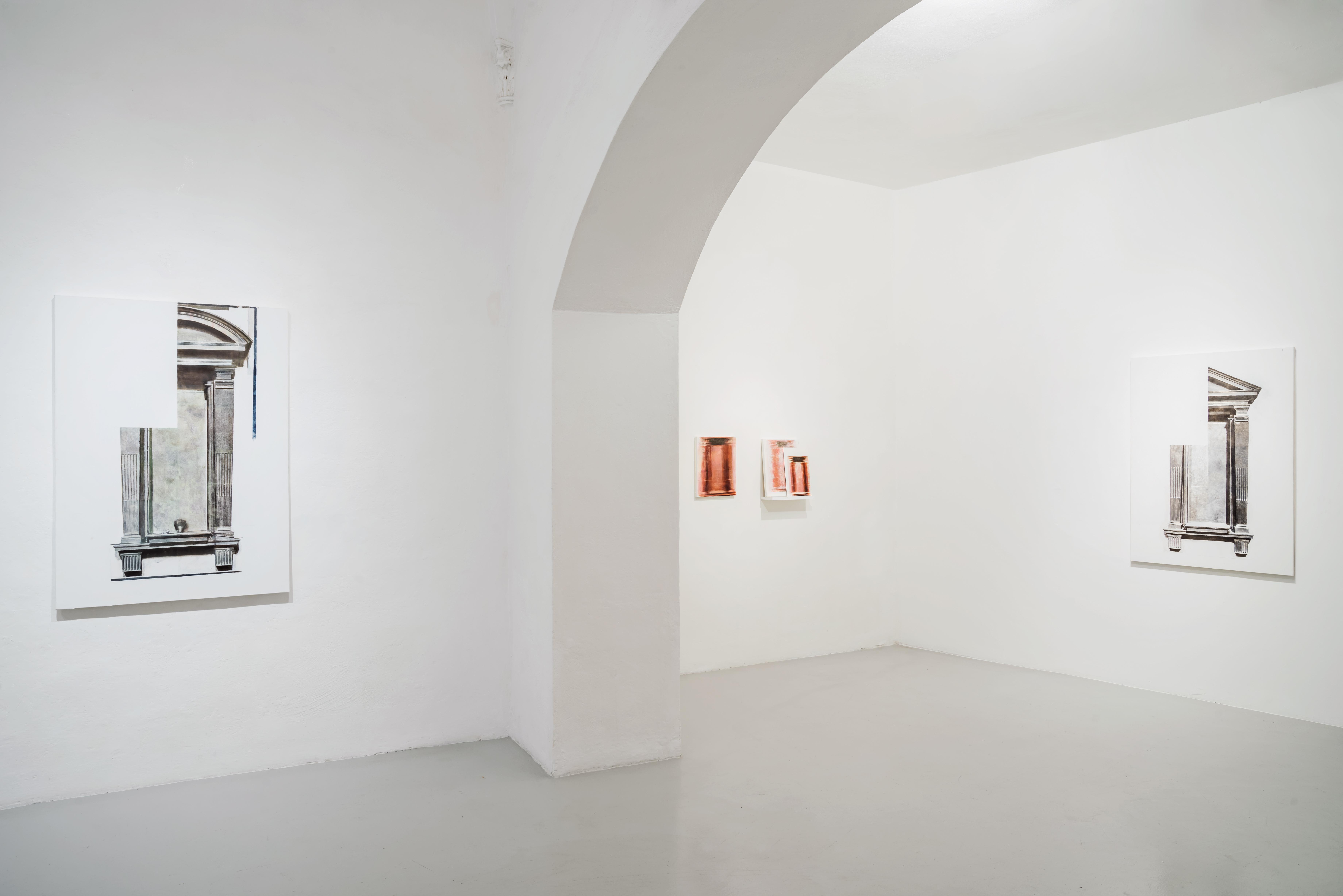"""Juan Araujo, veduta della mostra """"walled-in shut"""", GALLERIA CONTINUA, San Gimignano, 2016"""