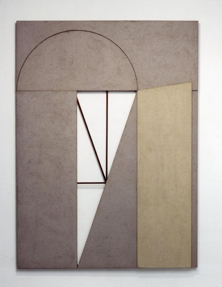 Giuseppe Uncini, Dimore n. 25, 1982, cemento e laminato legno, 253x184.5 cm