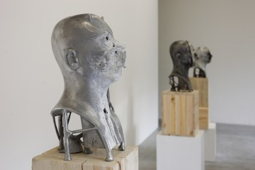 Bernardì Roig. The man who sold the head, veduta della mostra, Courtesy of Maurizio Caldirola Arte Contemporanea Photo Bruno Bani