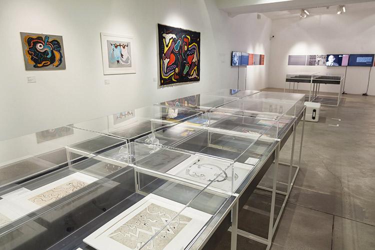 Veduta dell'allestimento della mostra Gillo Dorfles. Essere nel tempo, MACRO, Roma. © 2015 Centro interdisciplinare di ricerca sul paesaggio contemporaneo
