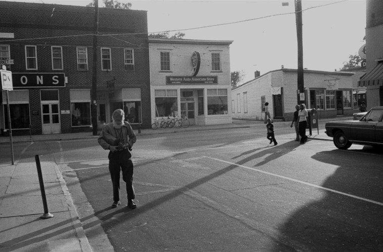 Marcia Due,Walker Evans photographing in Virginia, 1973, Marcia Due and Jerry Thompson collection, Amenia, New York. © Marcia Due, NY