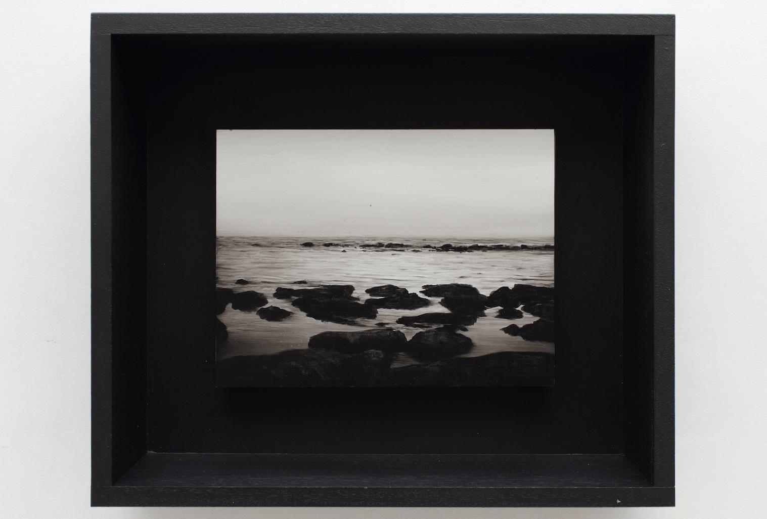 Ettore Frani, Requiem 2016, olio su tavola laccata e acrilico su akò cm 34,5x40,5x10. Courtesy L'Ariete Arte contemporanea Foto: Paola Feraiorni