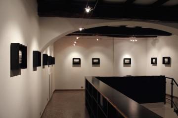 Ettore Frani, Requiem_veduta della mostra presso L'Ariete arte contemporanea. Foto: Paola Feraiorni