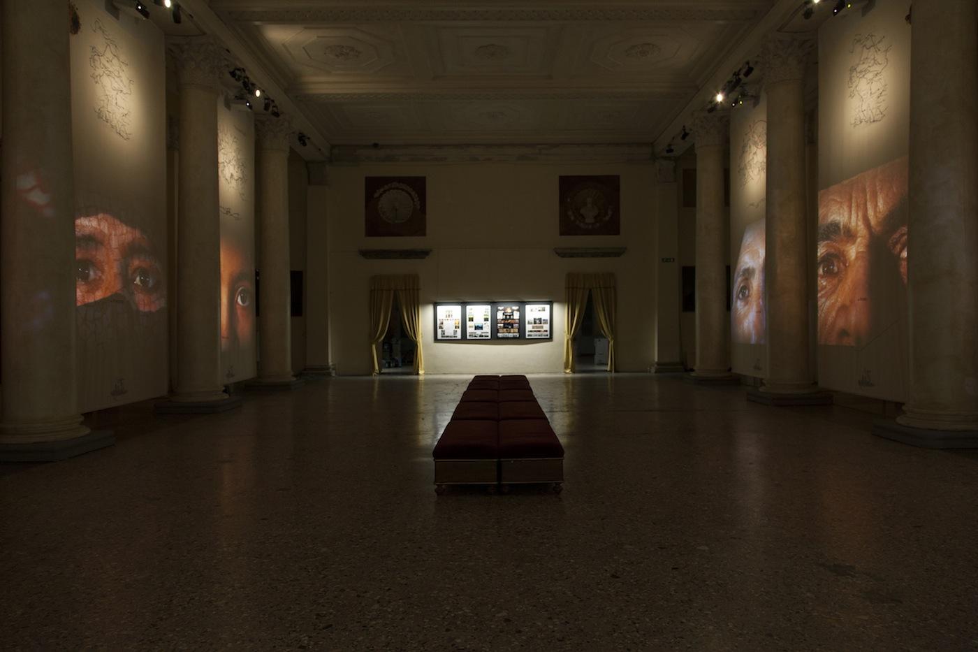 """STUDIO AZZURRO, una veduta della mostra """"Immagini sensibili"""", Palazzo Reale, Milano"""