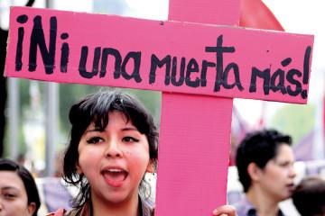 Marcia contro il femminicidio Ni Una Más, Città del Messico, 15 gennaio 2011. Foto: Ina Riaskov. Courtesy: Producciones y Milagros Agrupación Feminista