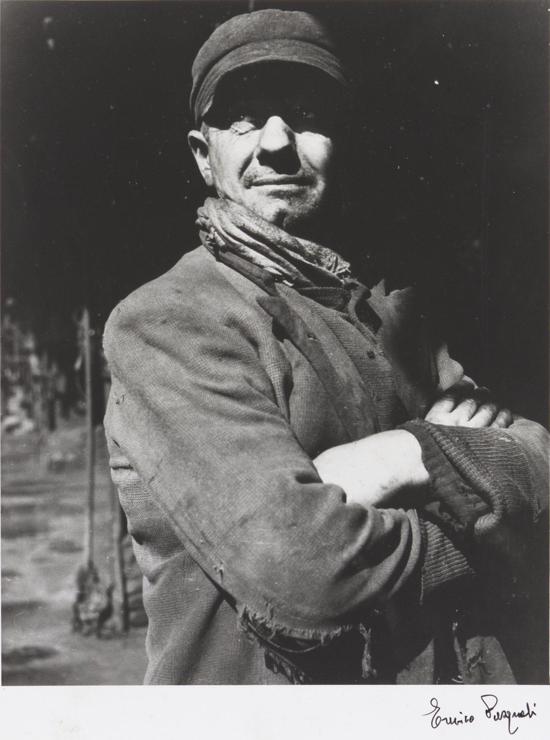 Enrico Pasquali, Ritratto d'operaio, AMGA, Bologna, 1955 Collezione MAST © Enrico Pasquali - Cineteca di Bologna