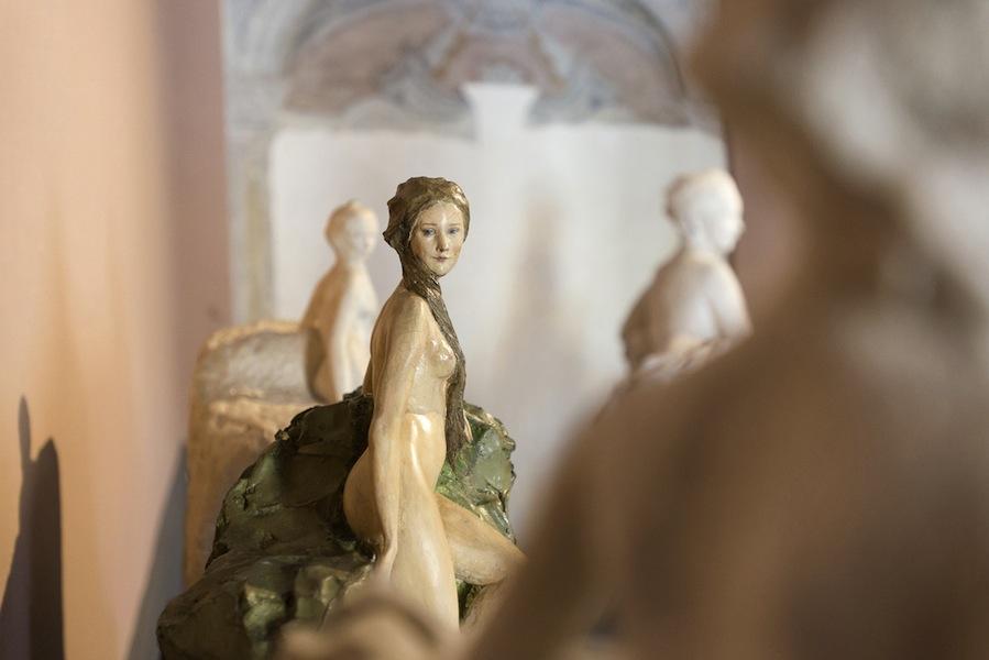 Paolo Troubetzkoy, Nudo femminile, s.d., gesso colorato policromo, 52x38x26 cm
