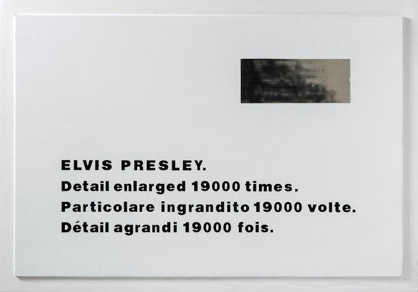 Emilio Isgrò, Particolare di Elvis Presley ingrandito 1900 volte, 1974, tecnica mista su legno, 67x97 cm, Collezione privata