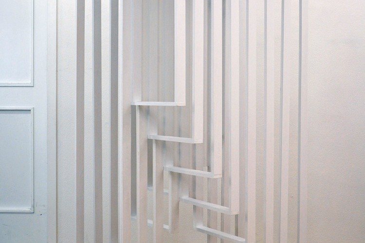 Paolo Cavinato, Hidden Steps, 2016, legno e acrilico, 80x69x180 cm