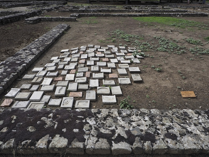In principio è la Terra, veduta della mostra (Gaia Carboni e Alessia Consonni), Area Archeologica di Libarna, Serravalle Scrivia (AL) Foto di Andrea Repetto