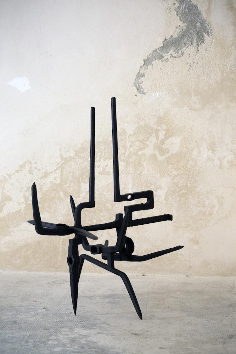 In principio è la Terra, veduta della mostra (Miguel Ortiz Berrocal Courtesy Lorenzelli Arte, Milano), Forte di Gavi, Gavi (AL) Foto di Enrico Minasso