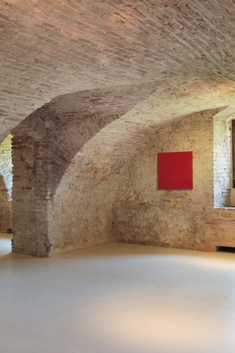 Con pinelli e staccioli l arte contemporanea ri abita a for Pino pinelli