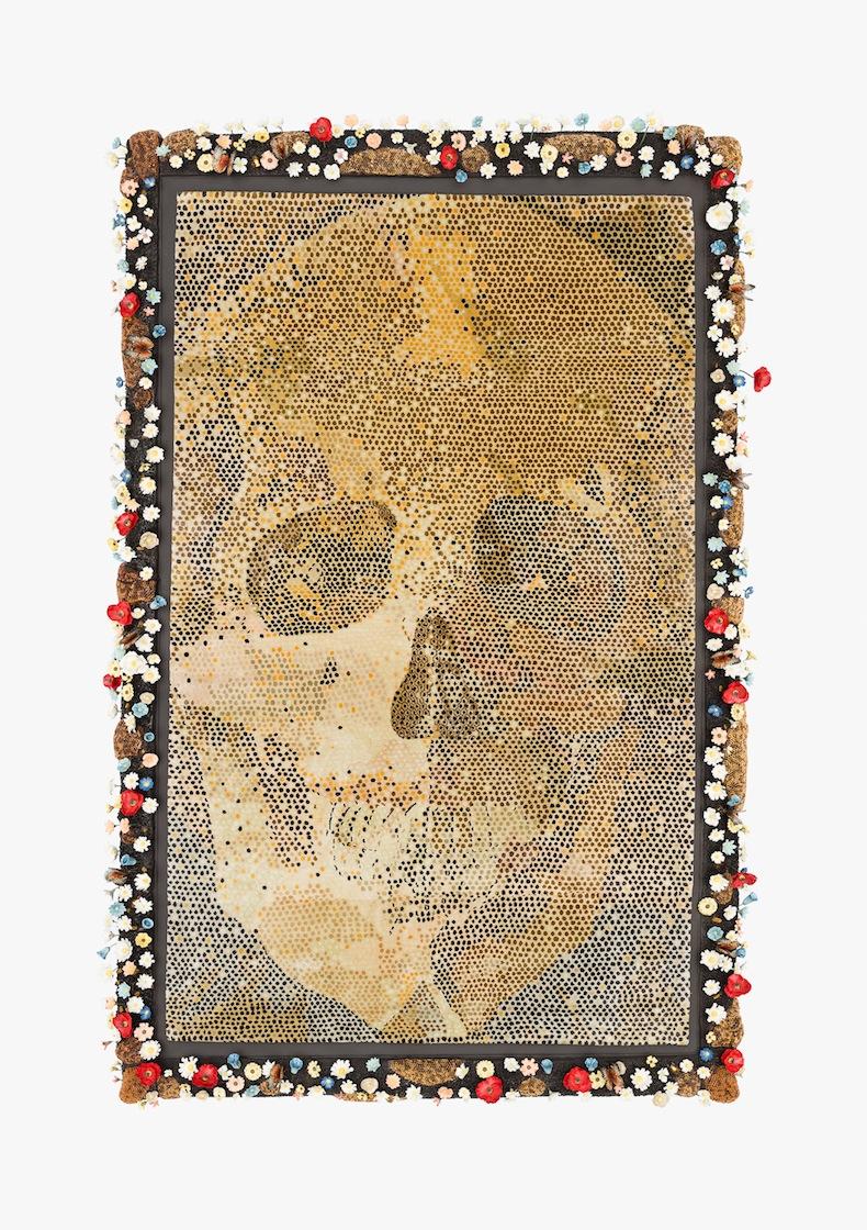 Bertozzi e Casoni, Senza titolo, 2016, ceramica policroma e tappeto annodato a mano in seta, cm. 234 x 160 x 17