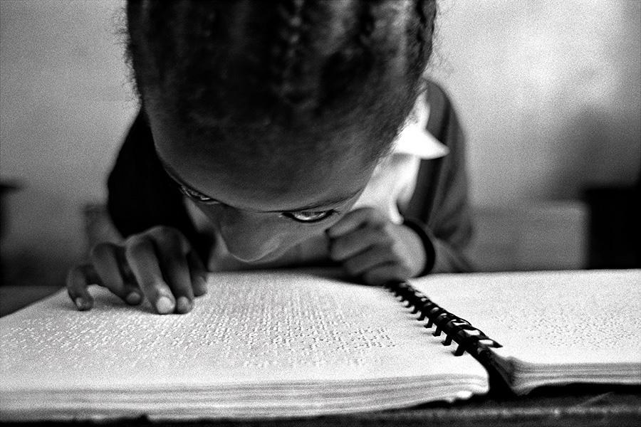 parolamia #7 - Bambina non vedente - Etiopia (2006)