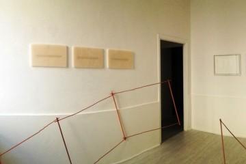 Christiane Beer + Elena Modorati. Terrain vague, l'oscillazione e la traccia, veduta parziale della mostra, Theca Gallery, Milano