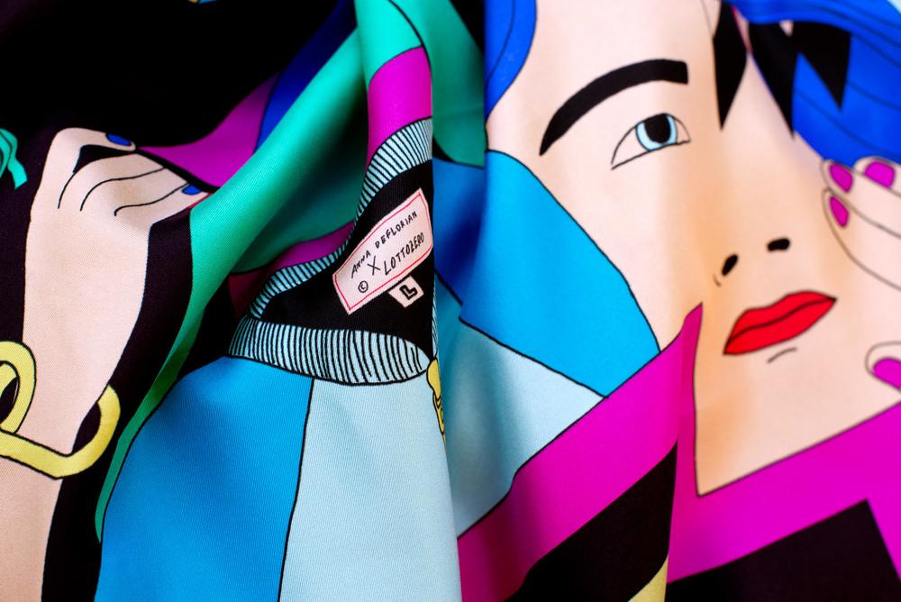 Foulard Collezione Zero di Anna De Florian, Colorful print, 100% silk, all hems hand stitched 70 x 70 cm