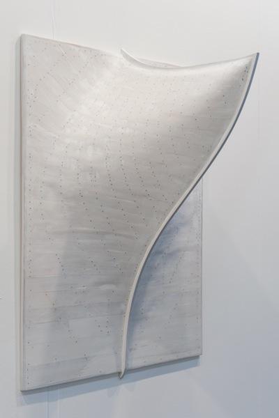 Giuseppe Teofilo, Senza Titolo (Deriva), 2016, legno dipinto e chiodi, 120x90 cm Courtesy Galleria d'arte Niccoli, Parma