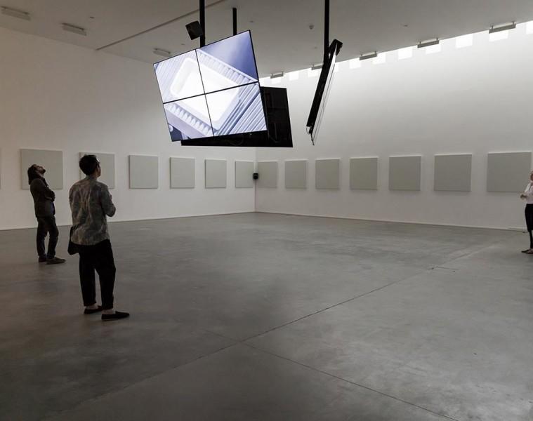 Ed Atkins, Safe Conduct, 2016, Fondazione Sandretto Re Rebaudengo, Torino. Foto di Edoardo Piva