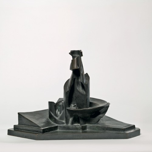 Umberto Boccioni, Sviluppo di una bottiglia nello spazio, 1912, Museo del Novecento, Milano