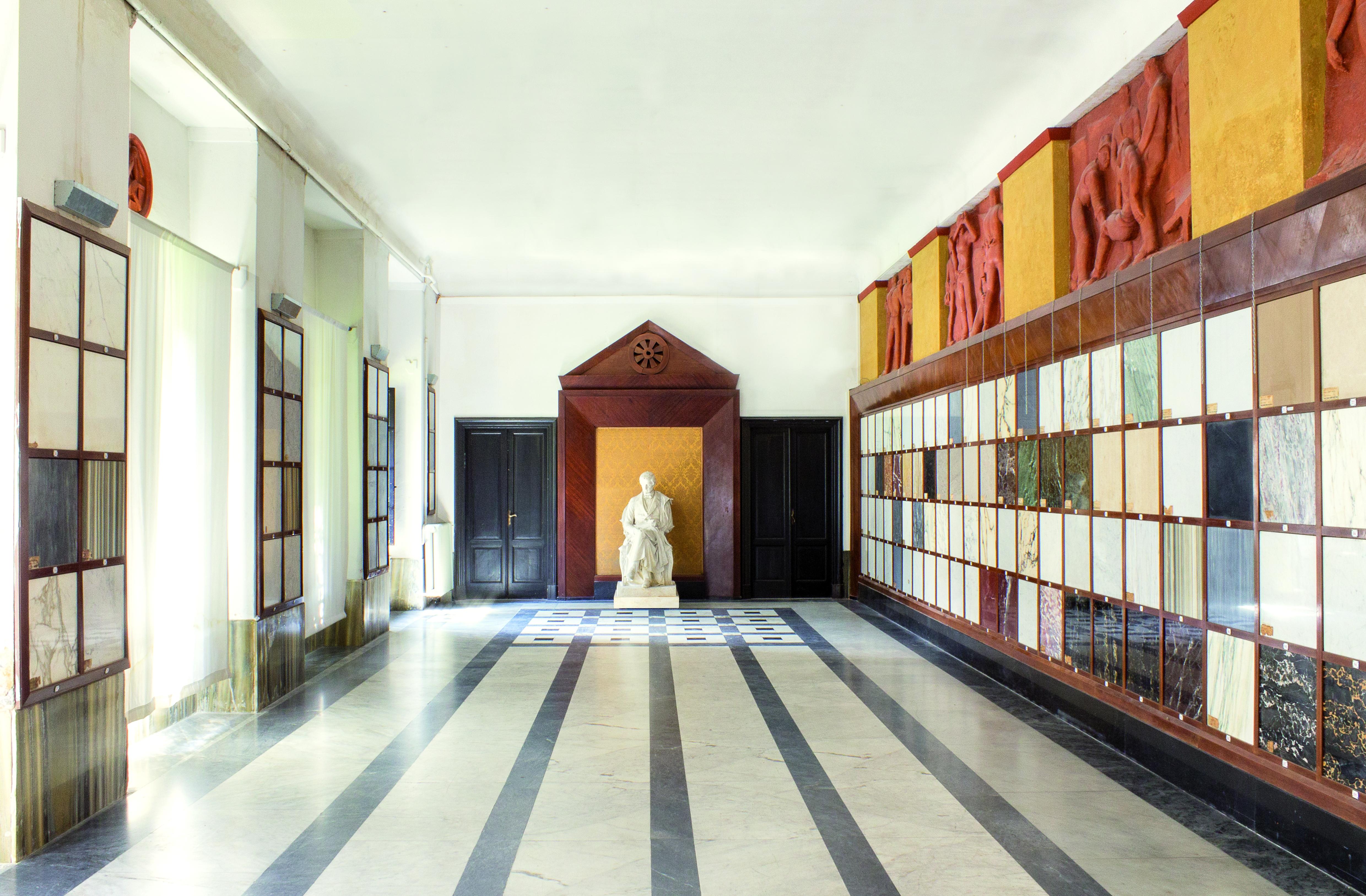 Accademia di Belle Arti di Carrara. Sala del campionario dei marmi. Foto: Gabriele Menconi