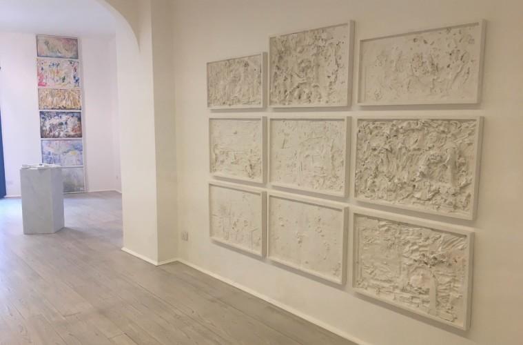 Manfredi Beninati, Domenica 10 dicembre 20139, Installation view della mostra, courtesy Galleria Poggiali