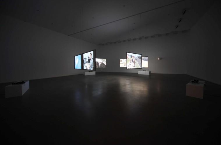 HARUN FAROCKI. Parallel I-IV, veduta della mostra, Fondazione Sandretto Re Rebaudengo, Torino