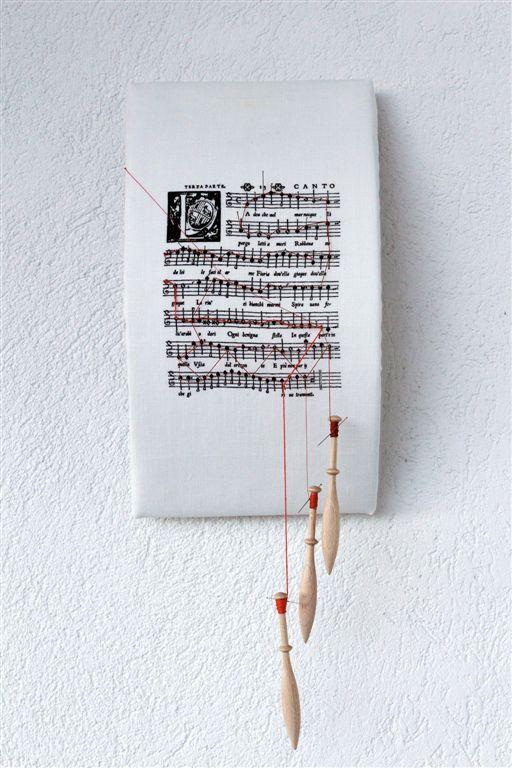 Donatella Lombardo, Partiture Mute, Maddalena Casulana, Madrigali a 4 voci libro 2, 45x20x12 cm