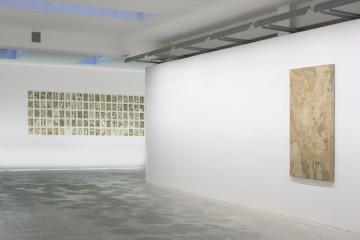 Urban Papers. Rotella Masi Francolino, veduta della mostra, Frittelli Arte Contemporanea, Firenze. Foto di Claudia Cataldi, Prato. courtesy Frittelli Arte Contemporanea, Firenze